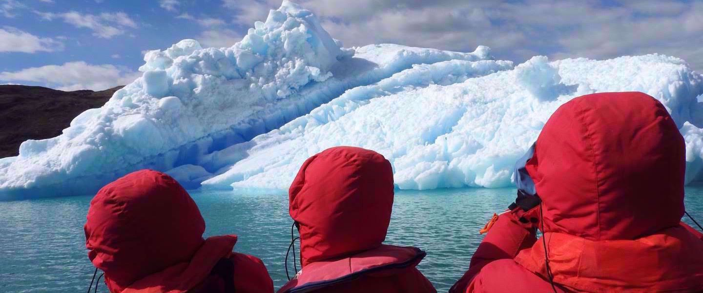 photos of glacier from kayak greenland