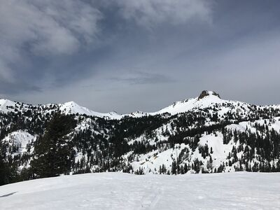 Diamond Peak Trail